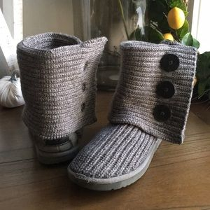 UGG Cardi Triplet Boots Size 7